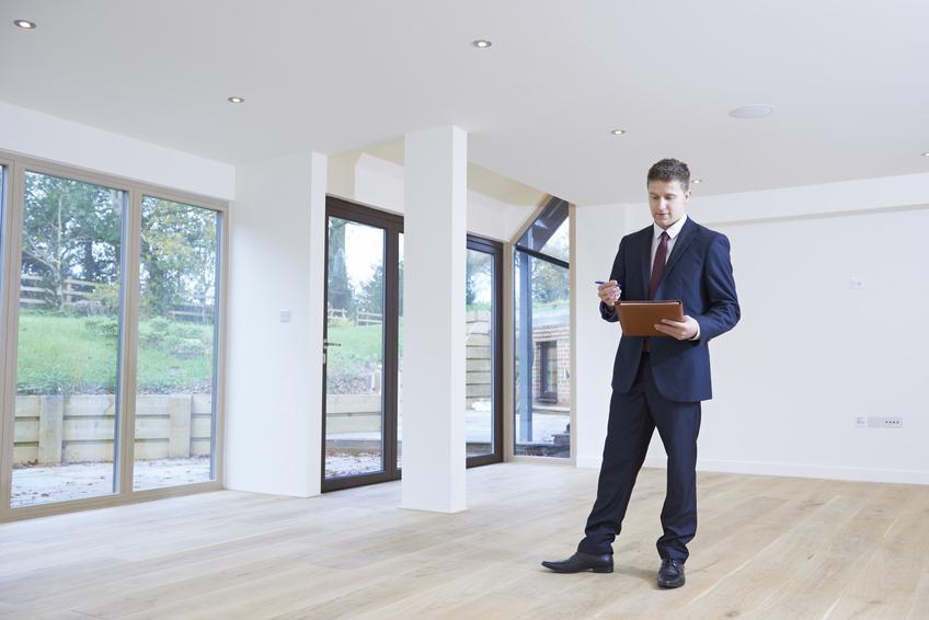 Comment s'organise la journée d'un agent immobilier?