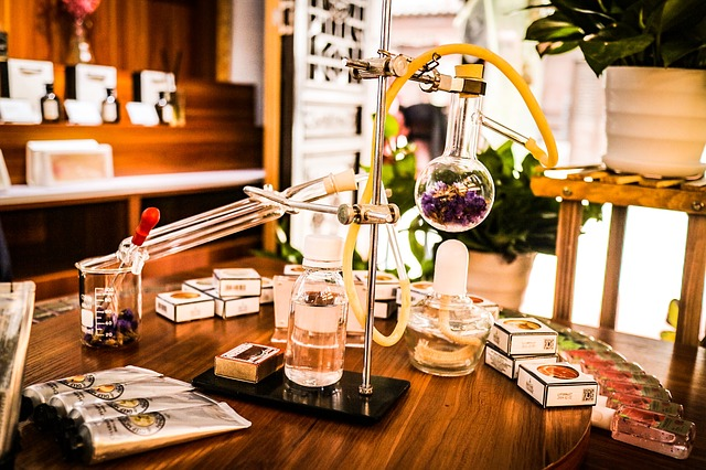 Les éléments clés de la vie d'un parfum qui vont impacter sa qualité